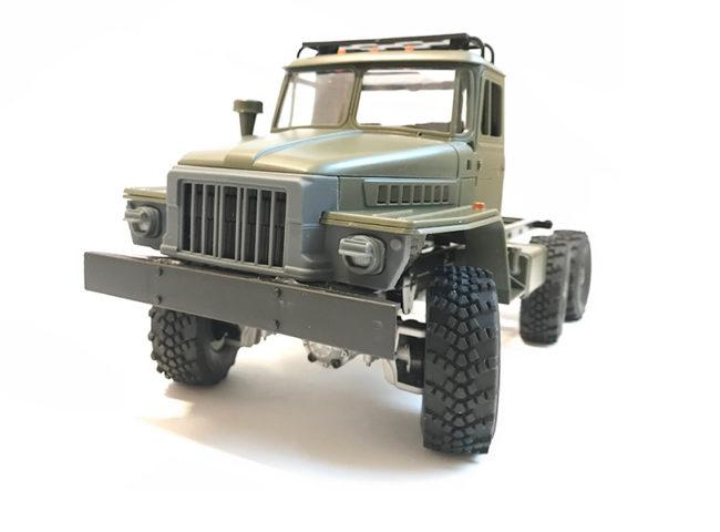 Front im 375D Design mit NMA 74 für WPL B36 (Ural)